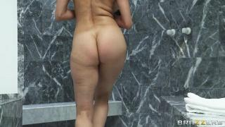 ShesGonnaSquirt - Sheila Marie (Squirting In The Shower) NEW December 04, 2013