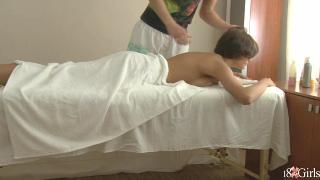 Brunette Meddie Gets Off After A Massage